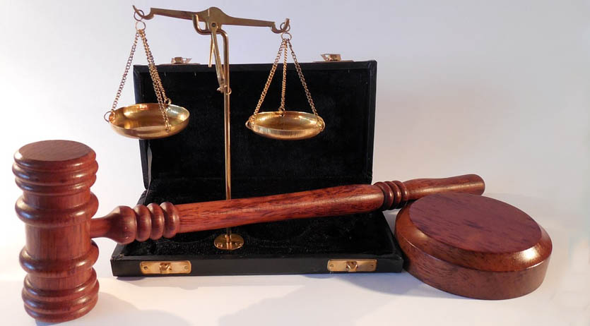 Measuring scales and gavel